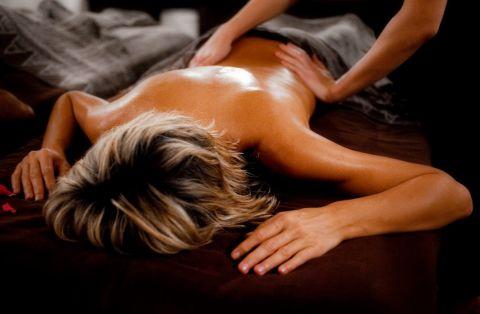 """Coffret SAINT VALENTIN """"Escale Romantique"""" : Massage (1h30)"""